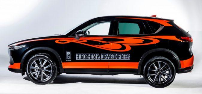 ドラゴンフライズ プロモーションカー「HIGH-FIVE」