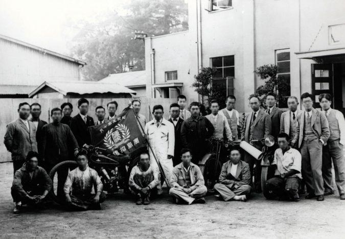 国産化に挑み自社製の単車で参加した広島の招魂祭レースで優勝(1930年)