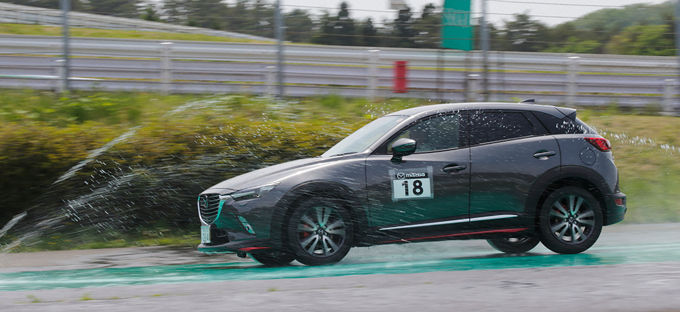 2019年マツダ協賛イベント ドライビングレッスン 参加型モータースポーツ