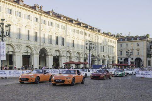 ロードスター30周年 イタリア トリノ MX-5 ICON'S DAY パレード