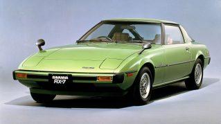 1978年 「サバンナRX-7」を発売